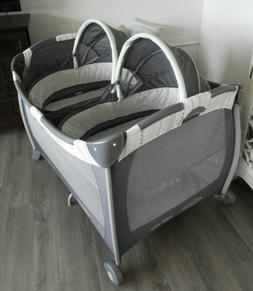 Graco 1967965 Pack 'n Play Twin Bassinet Playard - Mason.