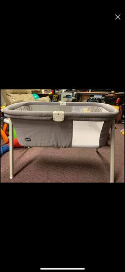 Chicco Lullago Portable Bassinet Sand