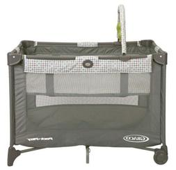 Graco Pack 'n Play On the Go Playard with Bassinet